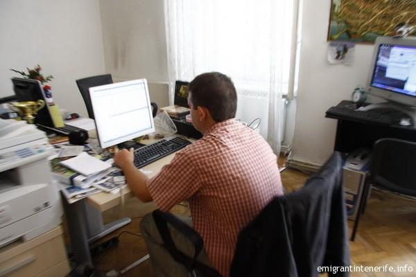 Eu la fostul birou de pe Mitropoliei, unde am cunoscut-o mai bine pe Je